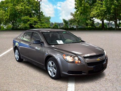 Pre-Owned 2011 Chevrolet Malibu LS